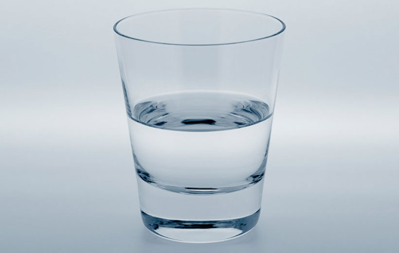 Zaprojektowano w SolidWorks: Szklanka do połowy pełna