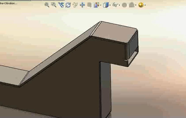 Zaprojektowano w SolidWorks: Blaszany bębenek