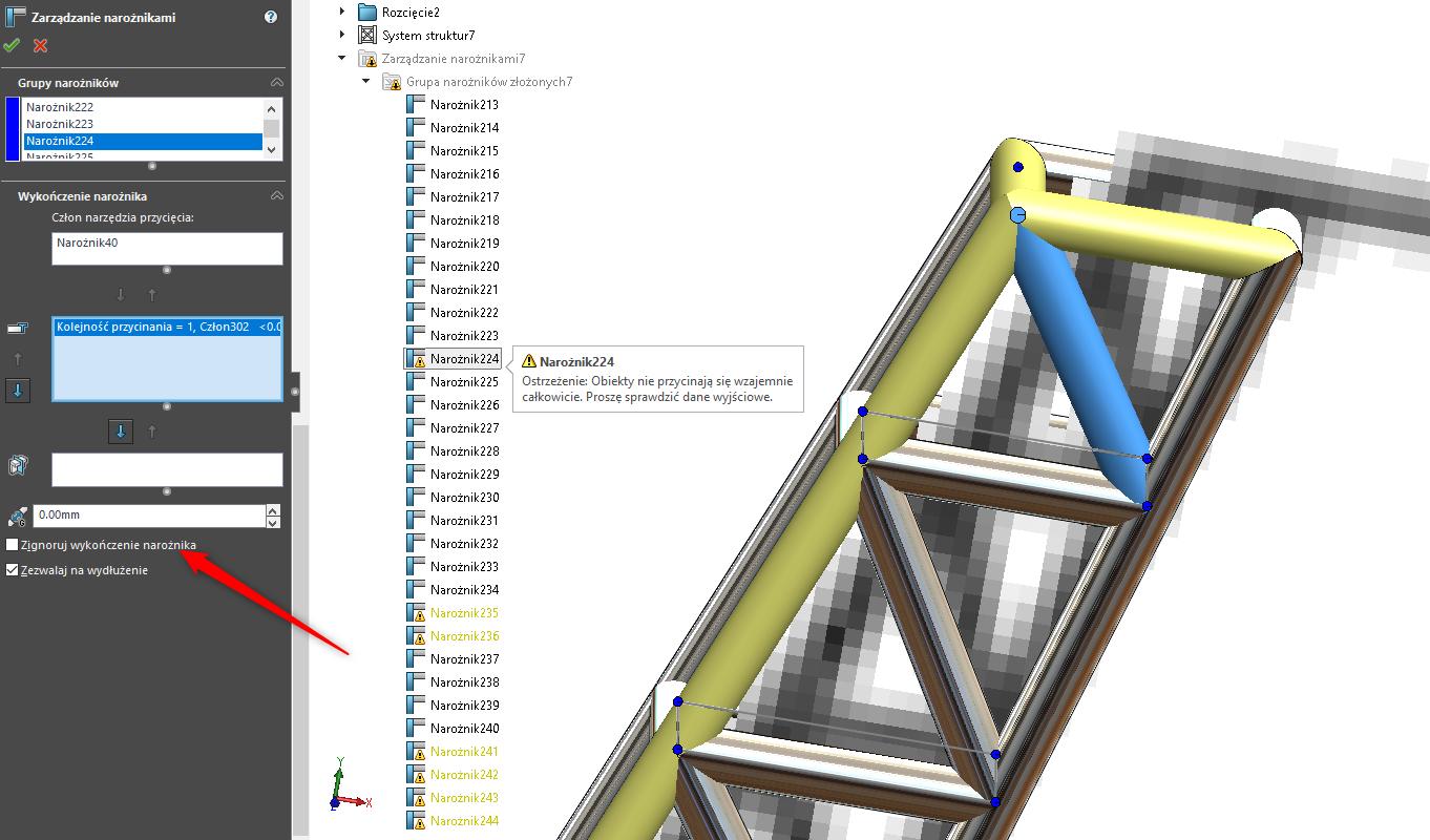 Obraz zawierający wewnątrz, siedzi, komputer, stół  Opis wygenerowany automatycznie